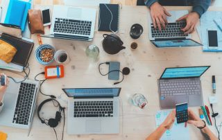 Hardworking-professional-Credit-Unsplash